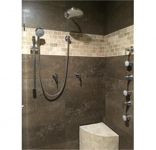 Walk in Shower   Alberni Comfort Zone - Port Alberni Mobility Aid, Spa